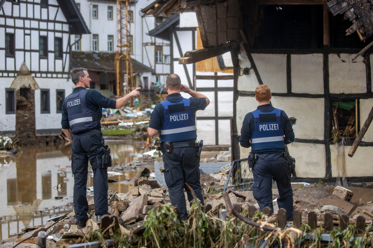 Germany floods – Looters goal deserted properties & retailers amid devastation as apocalyptic floods go away 1000's homeless