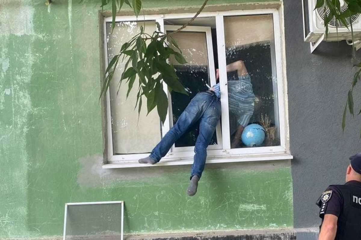 Bloke will get crushed in window attempting to interrupt into his ex's flat to 'pester her for intercourse'